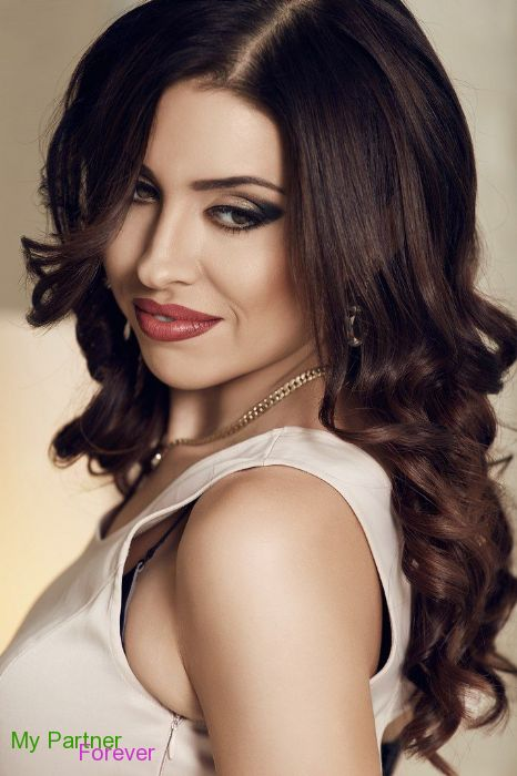 Datingsite to Meet Beautiful Ukrainian Woman Nataliya from Vinnitsa, Ukraine