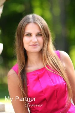 Charming Ukrainian Lady Valentina from Kharkov, Ukraine