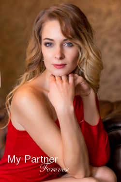 Dating Site to Meet Stunning Ukrainian Girl Elena from Dniepropetrovsk, Ukraine