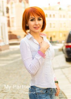 Dating with Pretty Ukrainian Lady Nataliya from Kiev, Ukraine