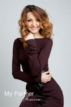 Datingsite to Meet Charming Ukrainian Woman Galina from Vinnitsa, Ukraine