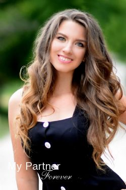 Datingsite to Meet Evgeniya from Kharkov, Ukraine