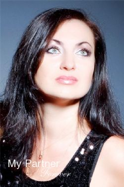 Online Dating with Pretty Ukrainian Girl Oksana from Sumy, Ukraine