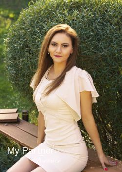 Pretty Lady from Ukraine - Elena from Kiev, Ukraine