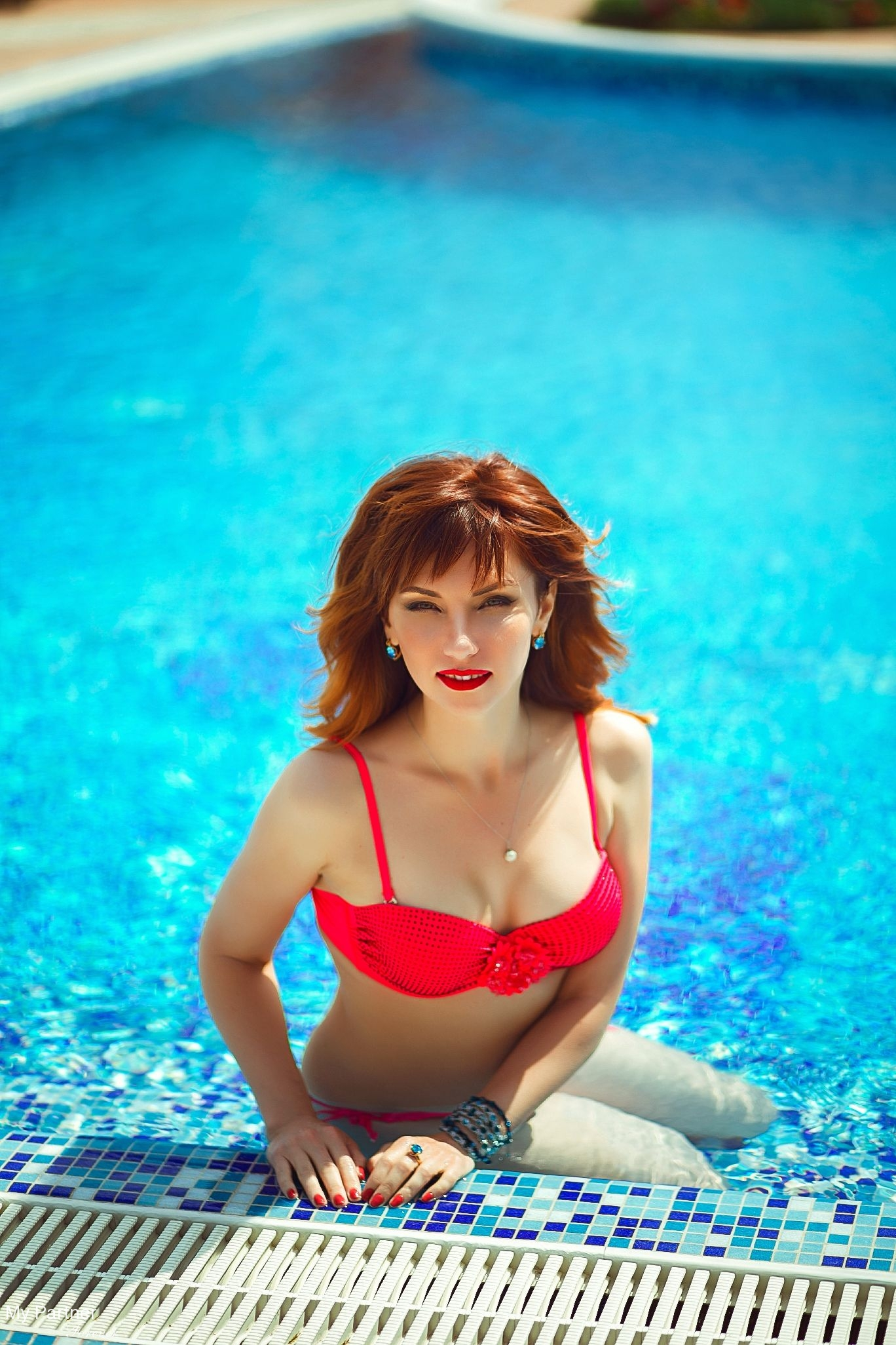 vanlue mature women personals Sitalong is a free online dating site where you meet mature women, seeking romantic or platonic relationships anonymously rate mature women in your area, and find out who's interested in.