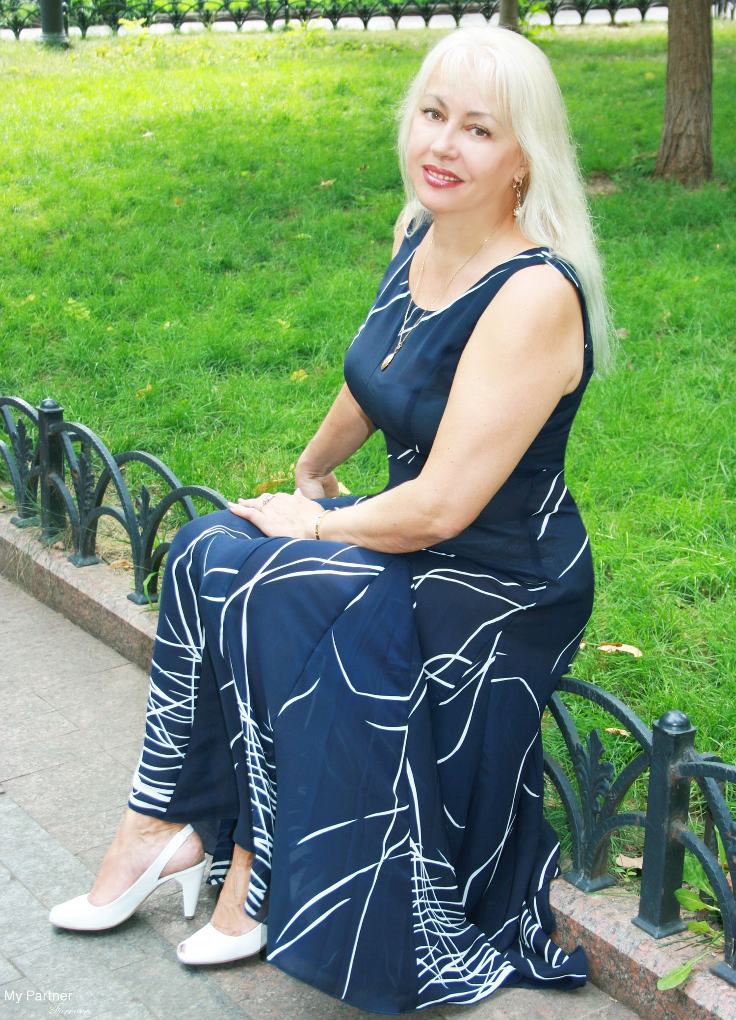 lake catholic women dating site Meet catholic singles in lady lake, florida online & connect in the chat rooms dhu is a 100% free dating site to find single catholics.