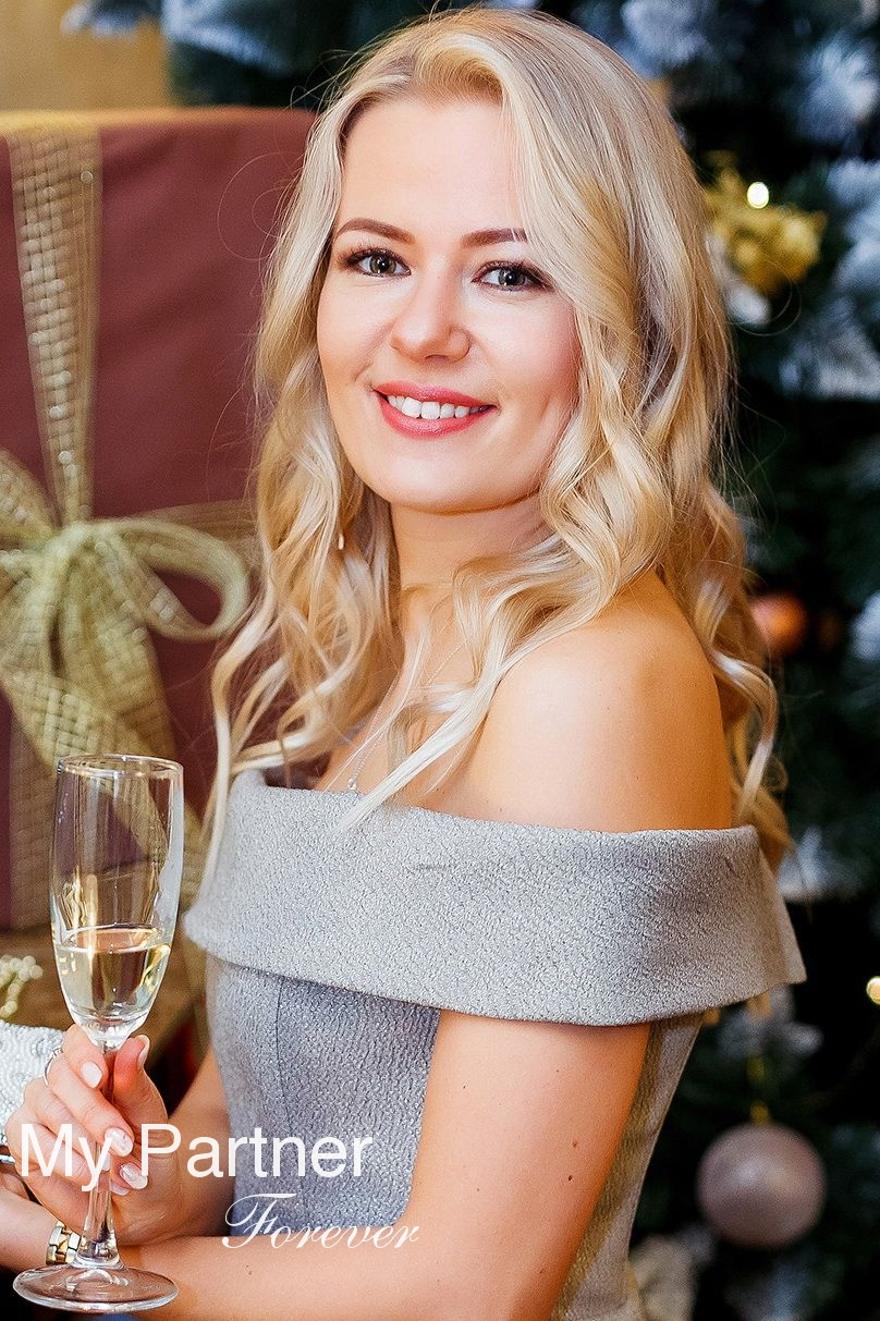 Belarusian Girl Looking for Men - Elena from Grodno, Belarus