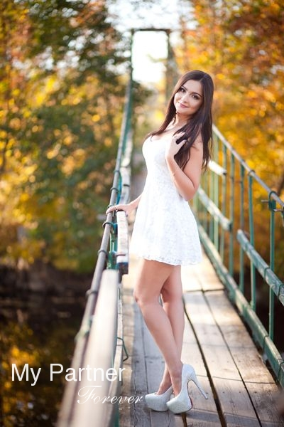meet ruso singles 100% free ruso chat rooms at mingle2com join the hottest ruso chatrooms online mingle2's ruso chat rooms are full of fun, sexy singles like you sign up for your free ruso chat account now and meet hundreds of north dakota singles online.